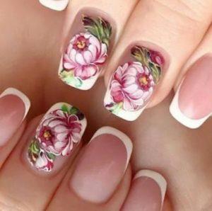 белый-френч-с-цветами