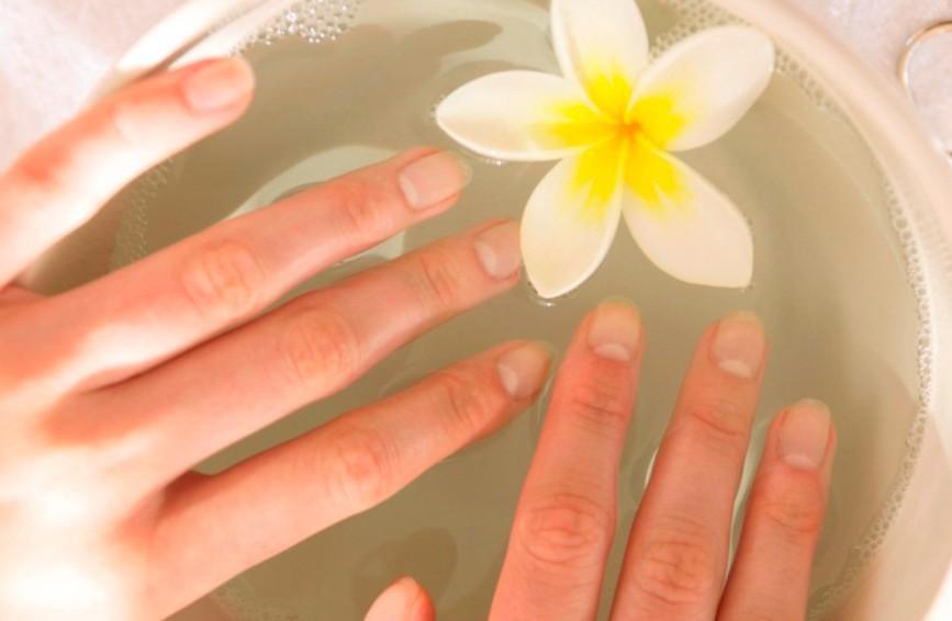 Что. делать если слоятся ногти на руках в домашних условиях