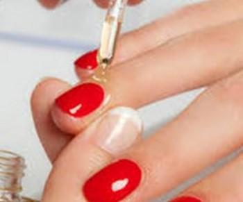 Как правильно обрабатывать ногти на руках{q}