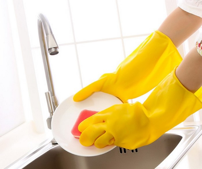 для-здоровья-ногтей-работать-в-перчатках
