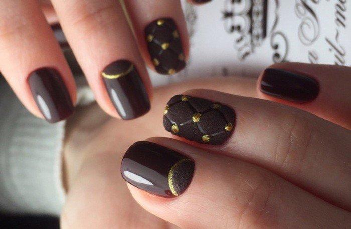 шоколадные ногти с решеткой из страз