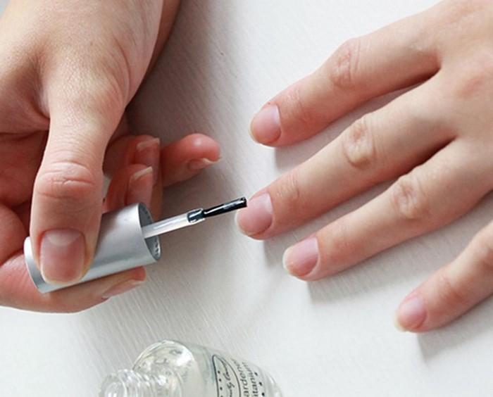 укрепляющий лак для ногтей