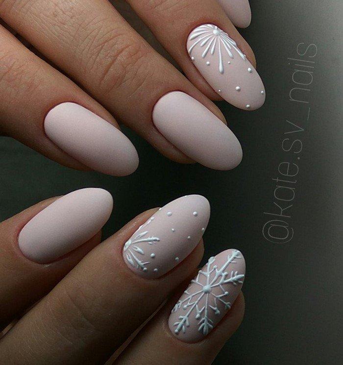 белые со снежинкой матовые ногти