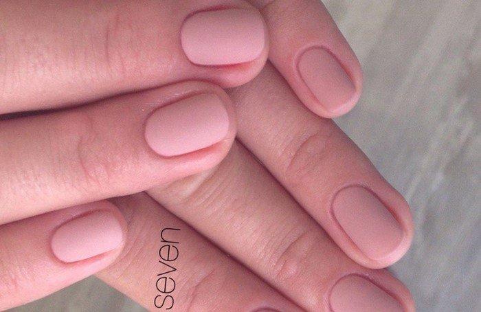 натуральные матовые ногти