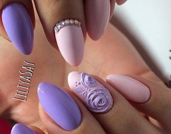 нюдовые ногти с лепкой