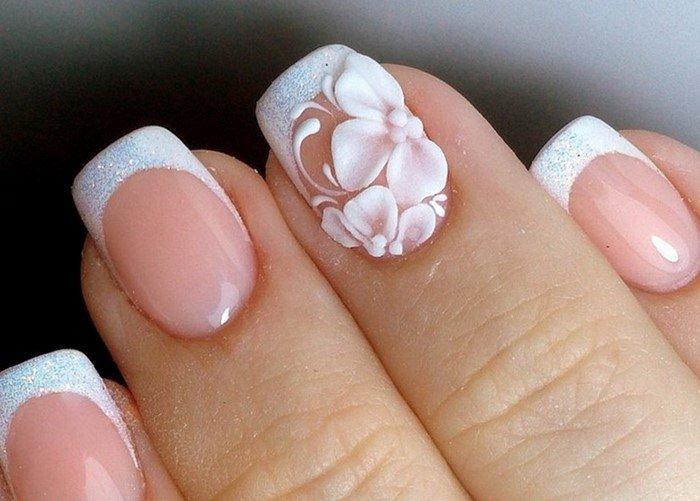 белый френч с цветком