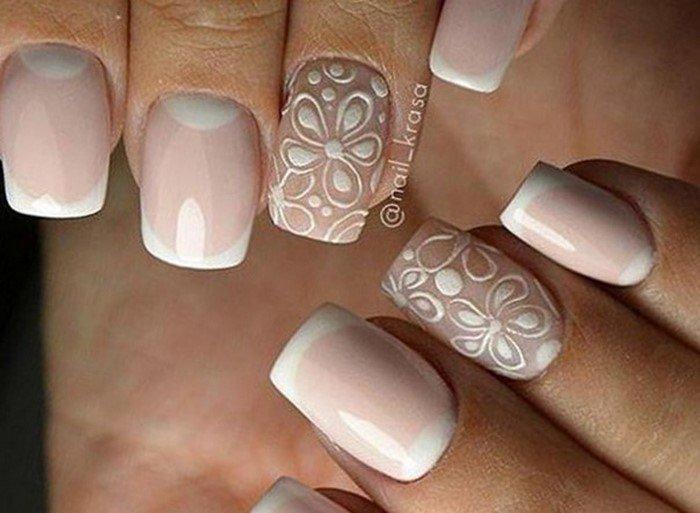 свадебные светлые цветы на ногтях