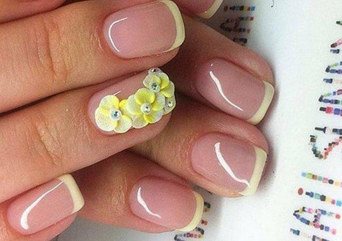 френч с лепкой желтый цветок