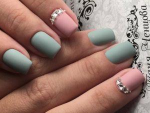 розово-бирюзовые ногти