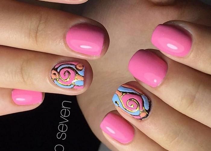 объемные розовые ногти