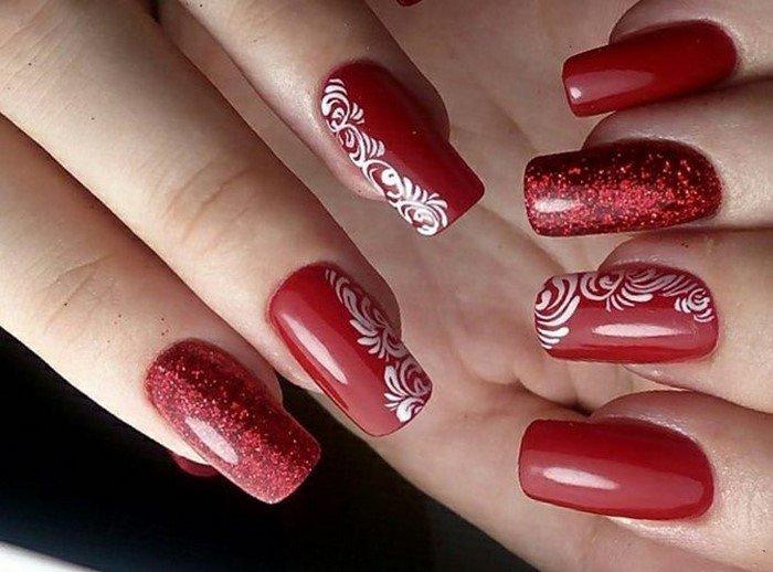 красные-ногти-с рисунком (104)
