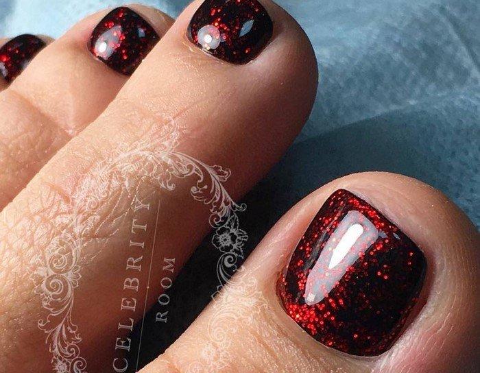 красные-ногти-с рисунком (11)