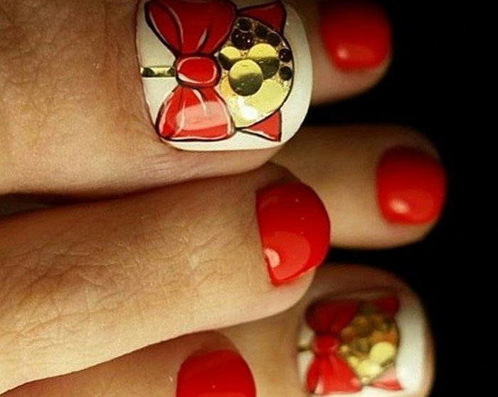 красные-ногти-с рисунком (110)