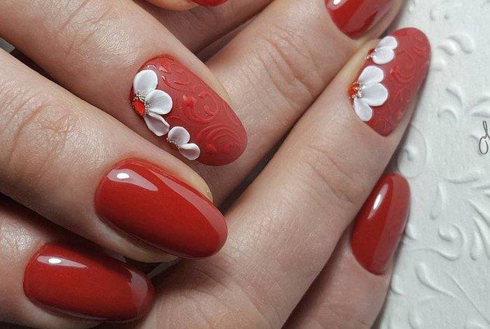 красные-ногти-с рисунком (14)