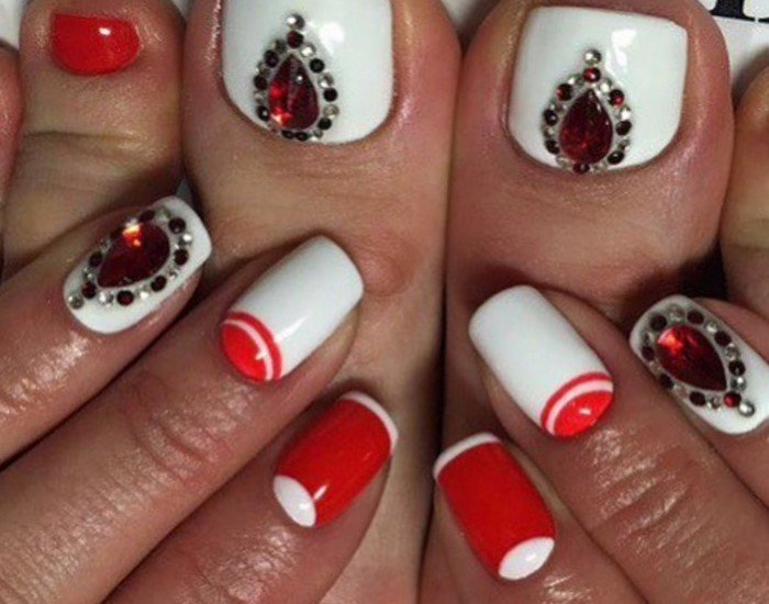 красные-ногти-с рисунком (17)