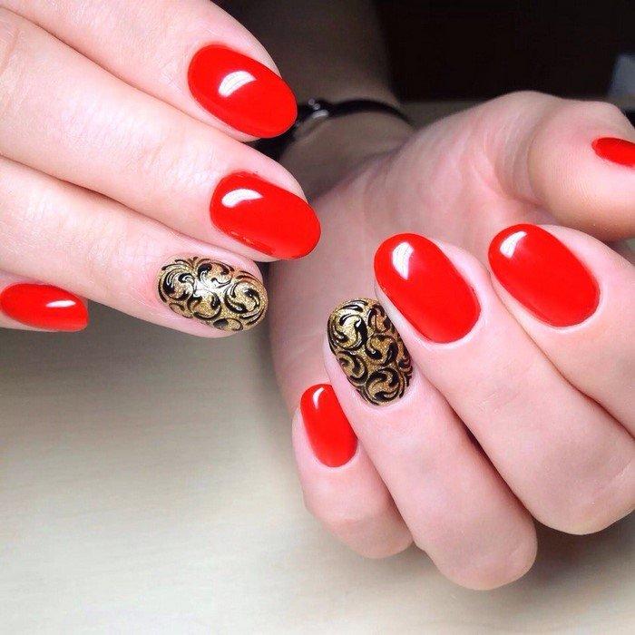 красные-ногти-с рисунком (36)