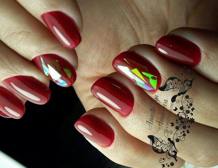 красные-ногти-с рисунком (5)