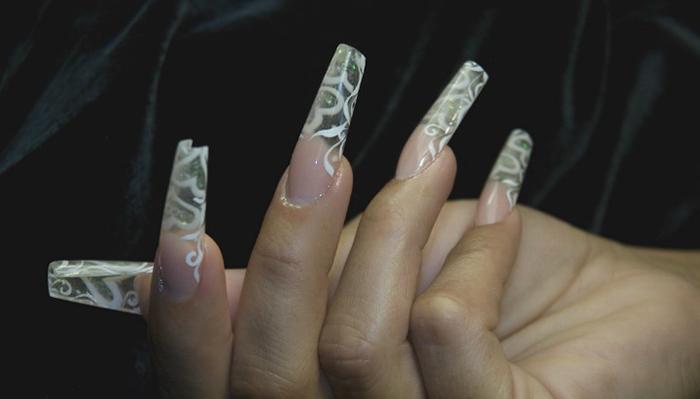 Ногти монро