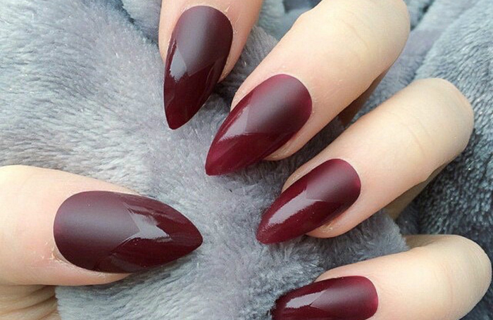 Треугольные ногти